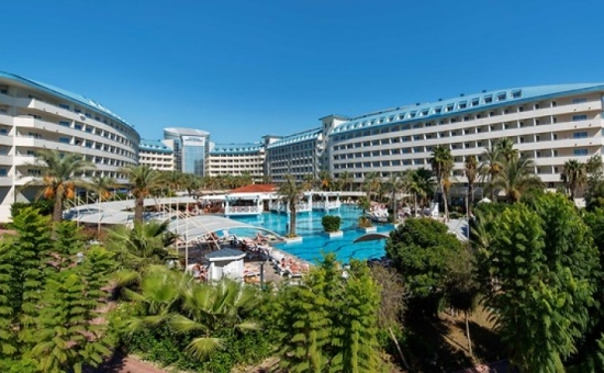 CRYSTAL ADMİRAL RESORT