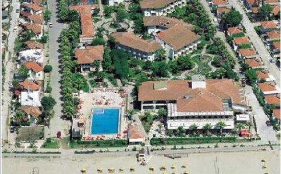 EGERiA OTEL BEACH CLUB